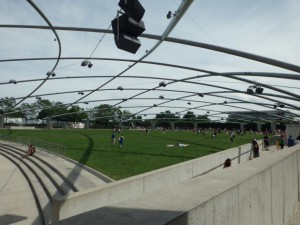 Jay Pritzker Pavilion & Great Lawn(ジェイ・プリツカ―・パビリオン& グレートローン)