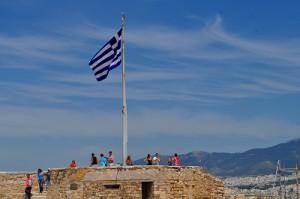 展望台にはギリシャの旗が翻っています