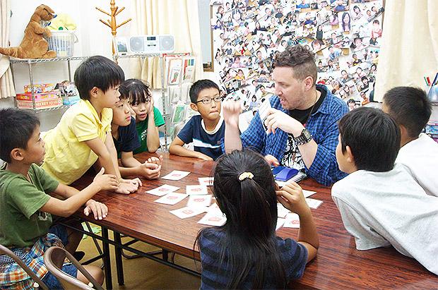 外国人講師による生きた英語