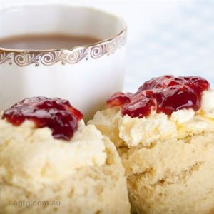 Tea with scones-- my favourite!